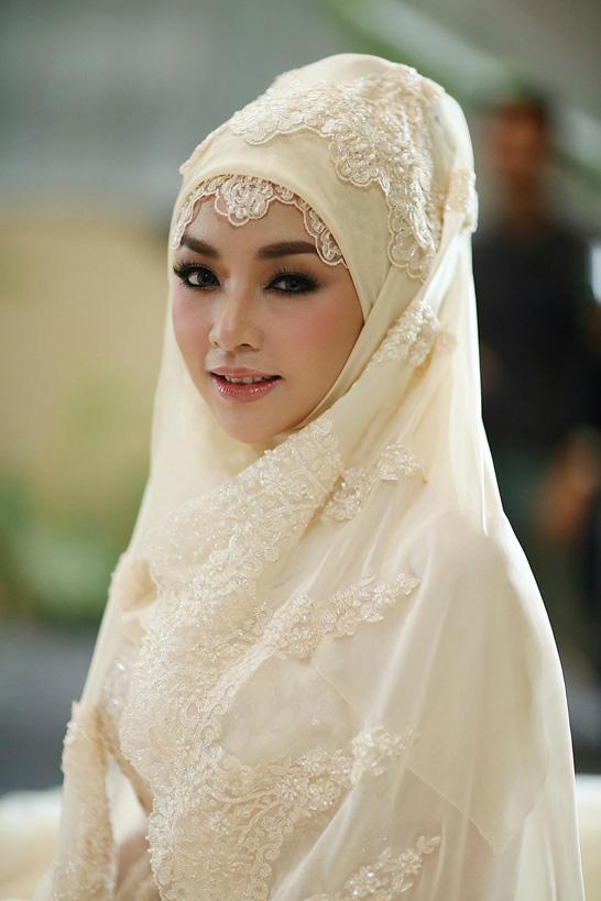 10 ดาราสาวมุสลิมกับผ้าคลุมฮิญาบ